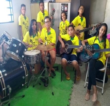 Projeto Cantando a Vida